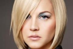 А-образный боб на блондинке
